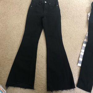 Sz 25 Flare Bottom Jeans